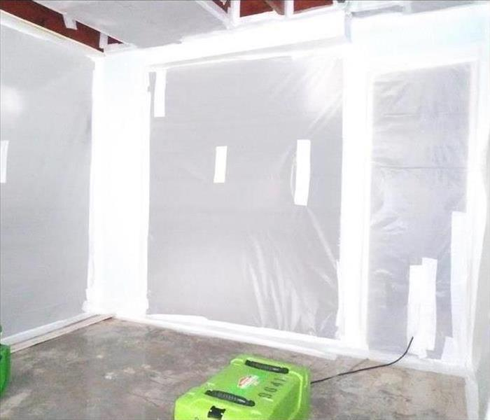 Why SERVPRO THE IMPORTANCE OF CONTAINMENT